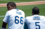 Puig needs players like Uribe to show him the way and teach him. By Ron Reiring [CC-BY-2.0 (http://creativecommons.org/licenses/by/2.0)], via Wikimedia Commons