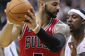 How much can Carlos Boozer actually help the Lakers this season? Photo by By Keith Allison from Owings Mills, USA, via Wikimedia Commons