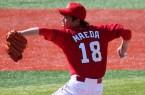 Kenta_Maeda,_pitcher_of_the_Hiroshima_Toyo_Carp,_at_Yokohama_Stadium